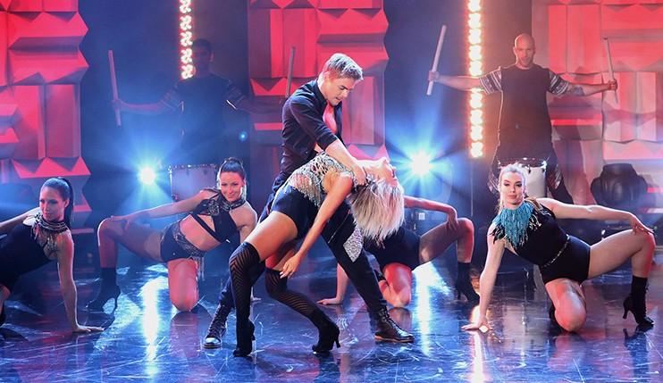 Win Tickets to See Derek & Julianne Hough MOVE Live on Tour at Ellen TV